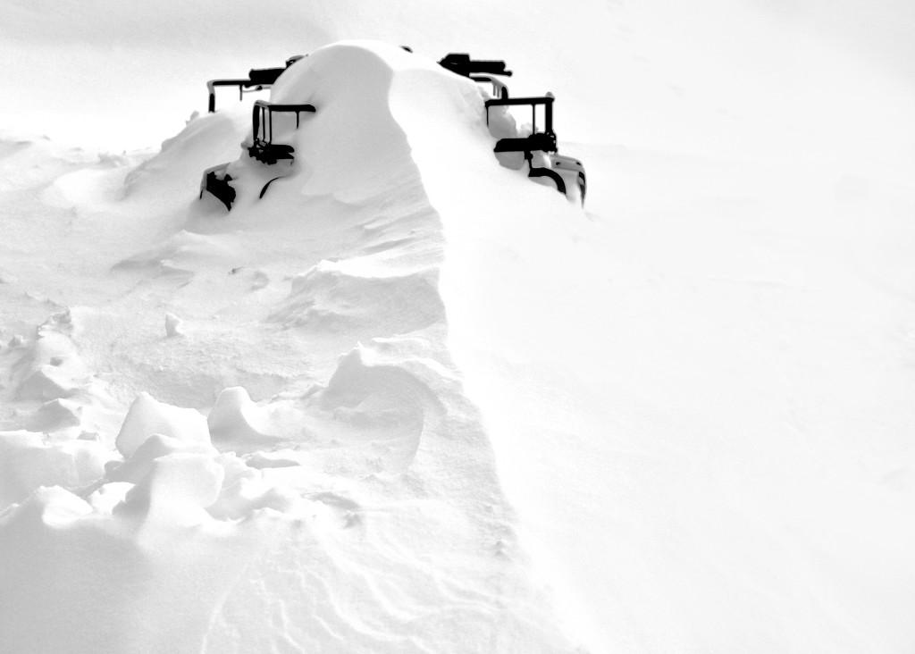 Snow Dunes by jetr