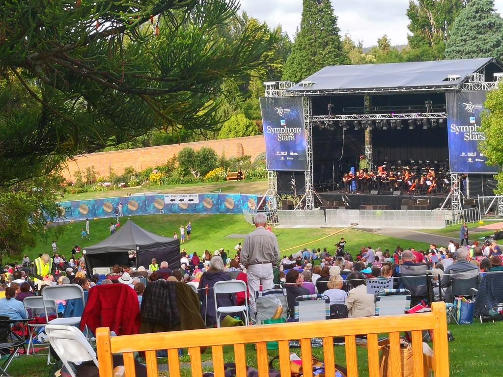 Tasmanian Symphony Orchestra - Under the Stars by kgolab