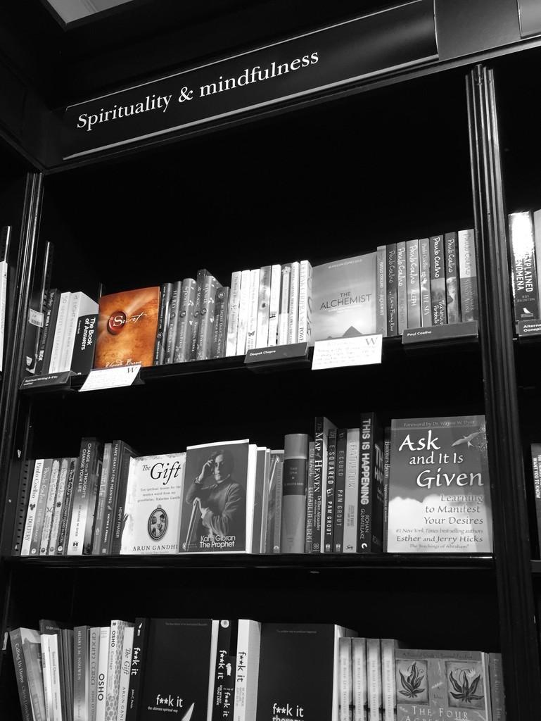 Bookshop by lilaclisa