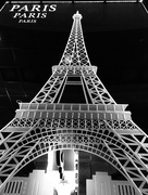 20th Feb 2019 - The Eiffel Tower for FoR's leading line week