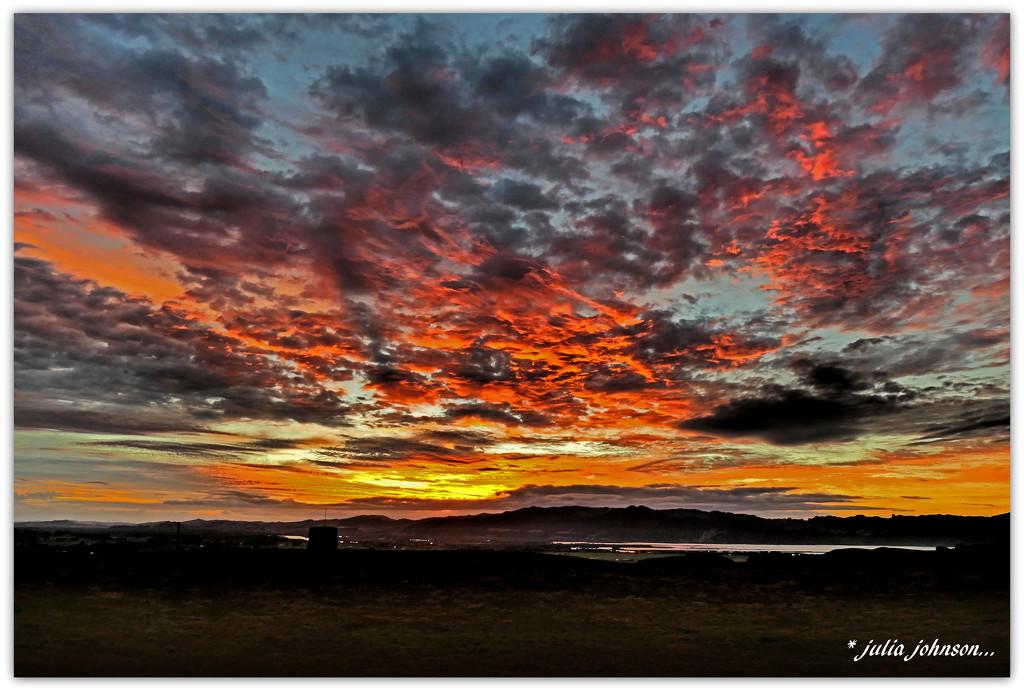 Mottled sky ... by julzmaioro