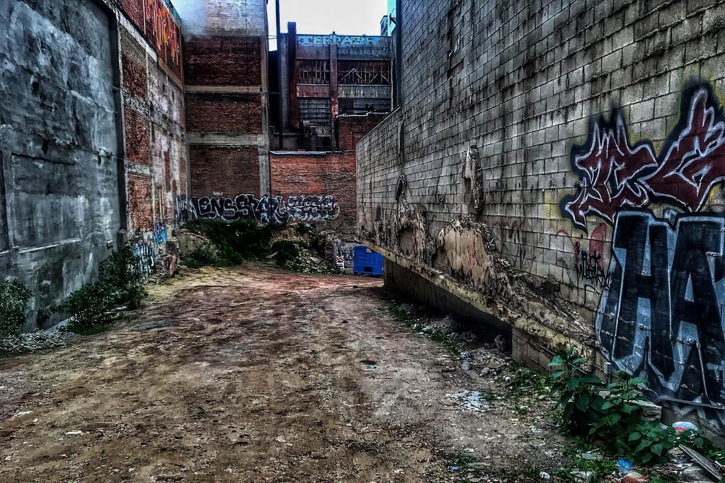 Urban Grit by jaybutterfield
