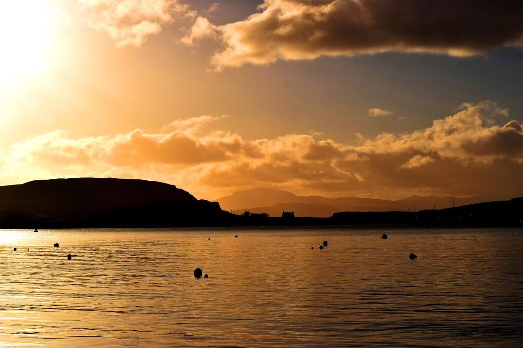 Oban Bay by christophercox