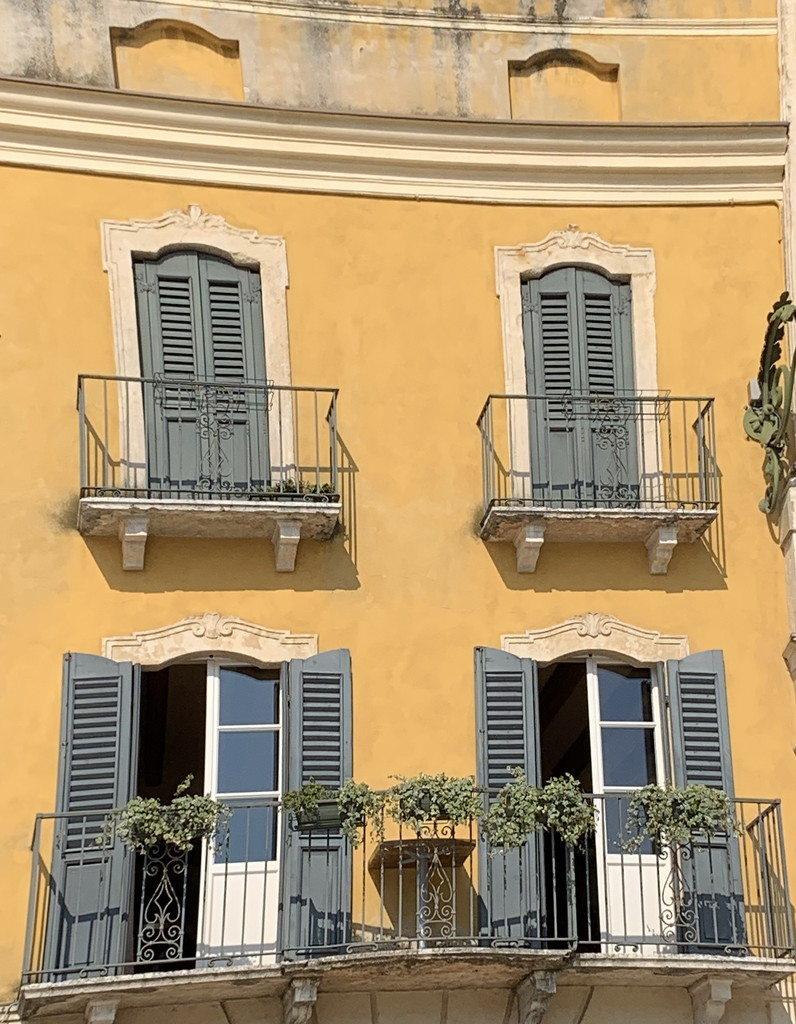 Yellow facade by caterina