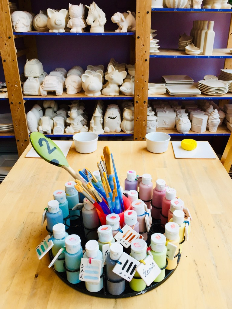 Pottery painting  by lilaclisa
