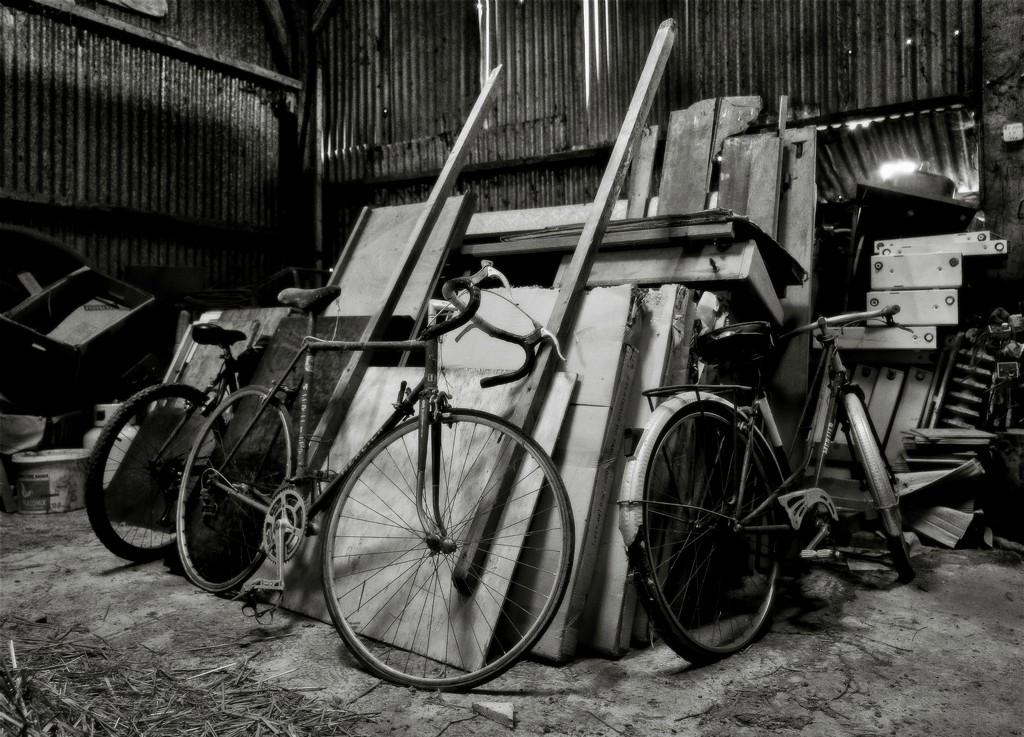 Barn Bikes by vignouse