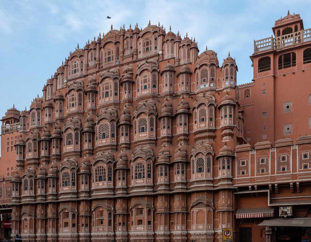 Jaipur: Palace of the Winds by golftragic