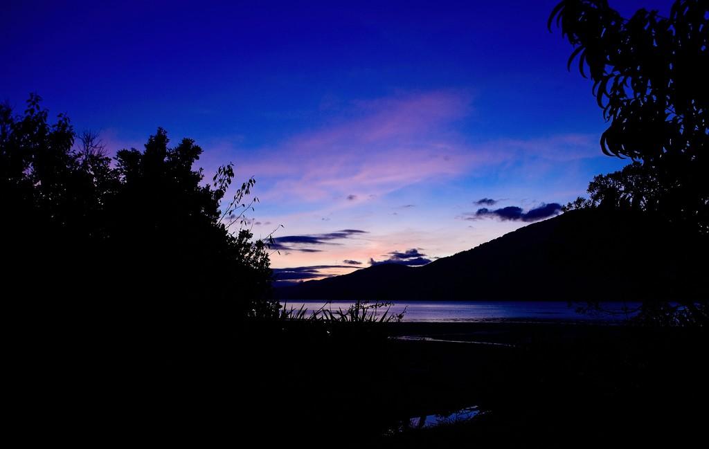 Blue hour by kiwinanna