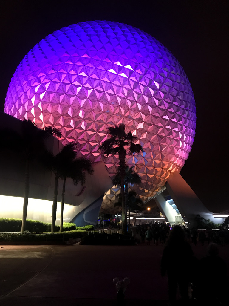 Epcot by christinemgrote