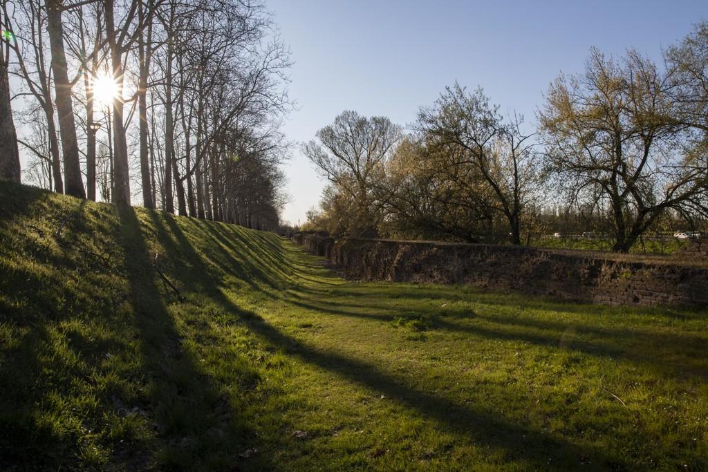 Ferrara Wall - UNESCO Cultural Heritage by jyokota