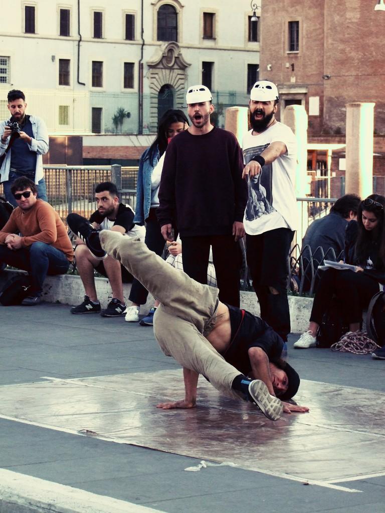 Breakdance by frappa77