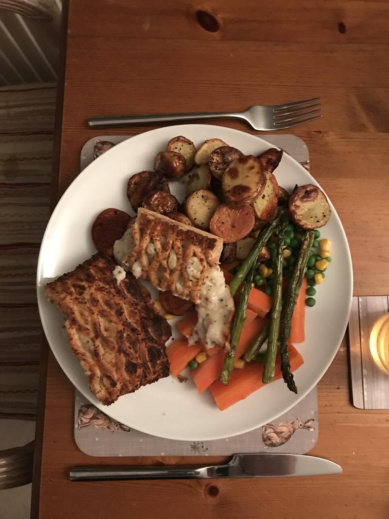 Chicken & Ham Pie by wincho84