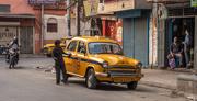 3rd Apr 2019 - Kolkata- Small yellow taxi