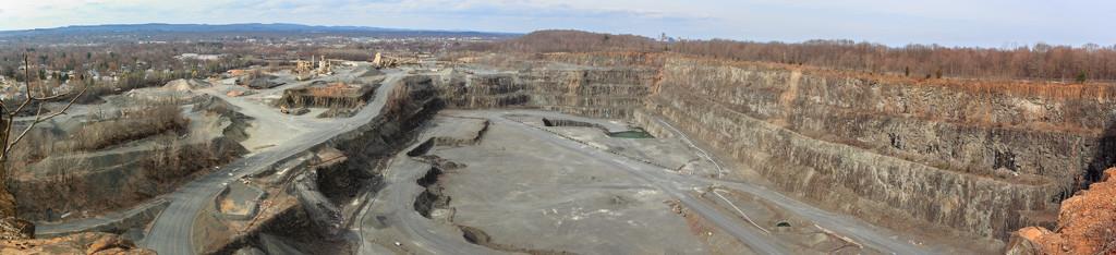Quarry Panorama by batfish
