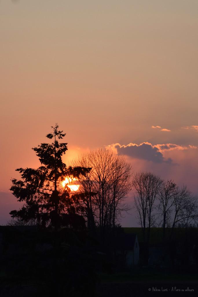 Sunset by parisouailleurs