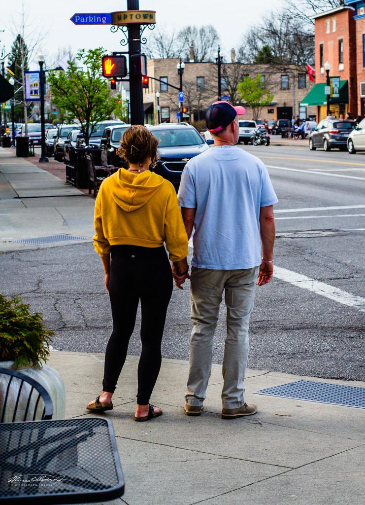 Love at the Crosswalk by ggshearron
