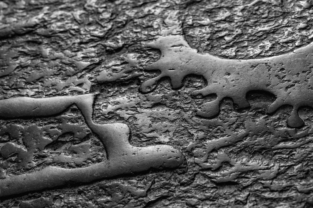'Spillage' in stone by dulciknit