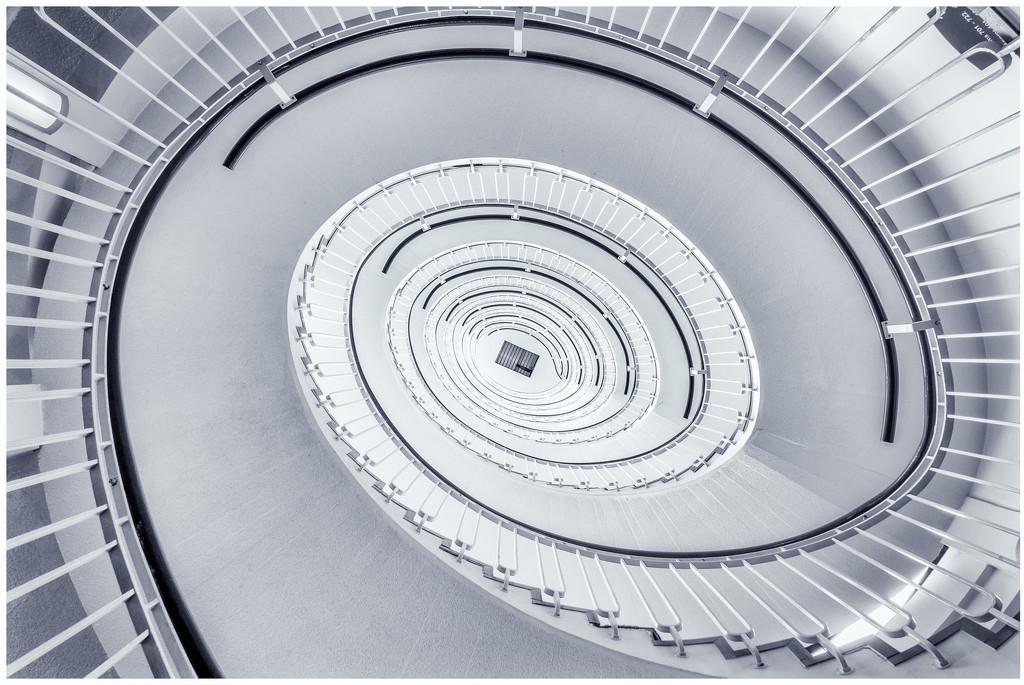 Blackfriars Spiral by humphreyhippo