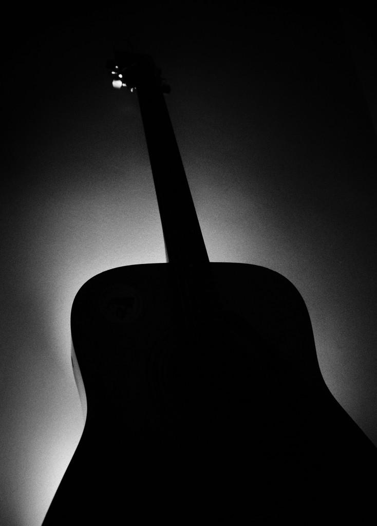 Guitar noir... by m2016
