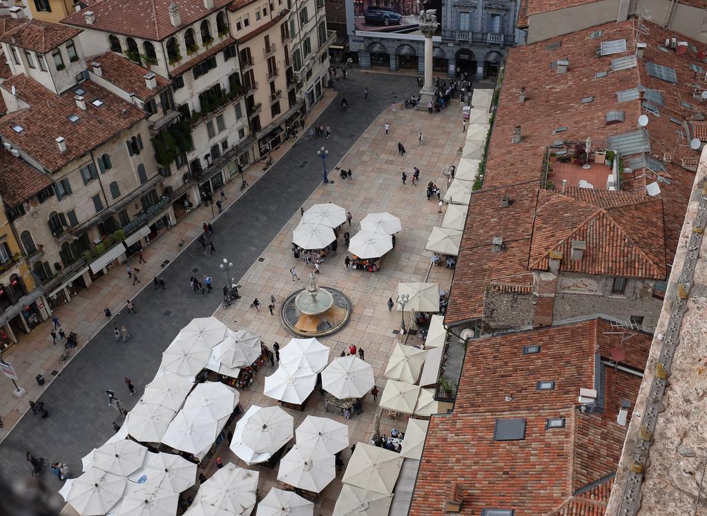 piazza delle Erbe  by caterina