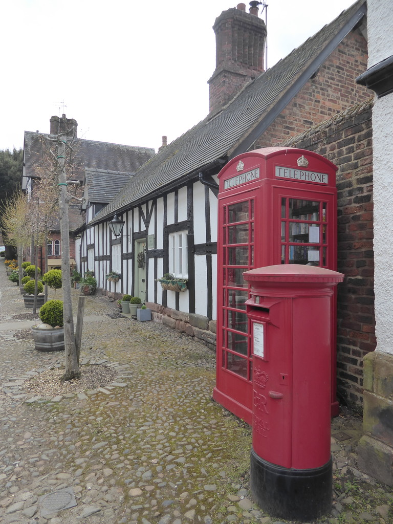 New Use for an old Telephone Box by cmp