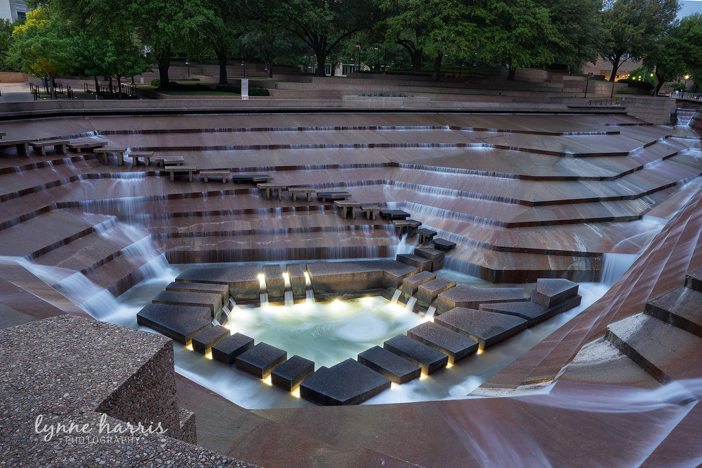 Fort Worth Water Gardens by lynne5477