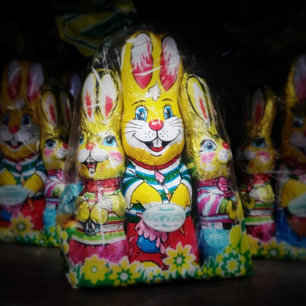 Easter bunnies  by salza