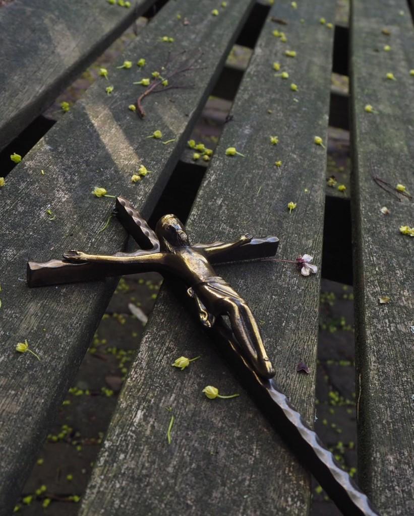 Cross by jacqbb