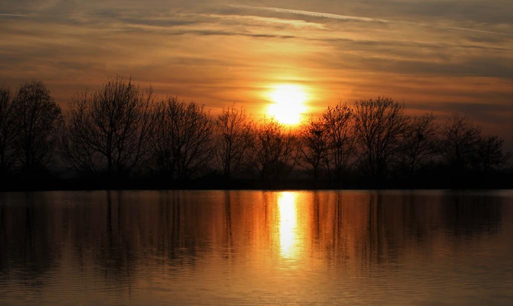 Reservoir Sunset by phil_sandford