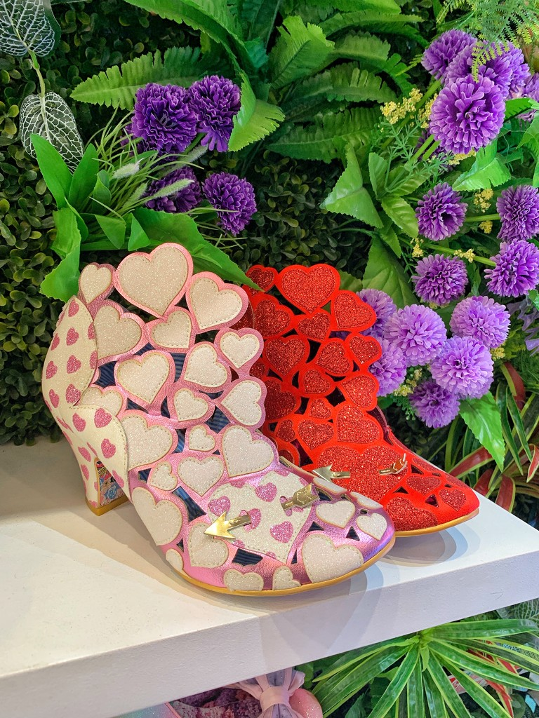 Pink and red hearts shoes.  by cocobella