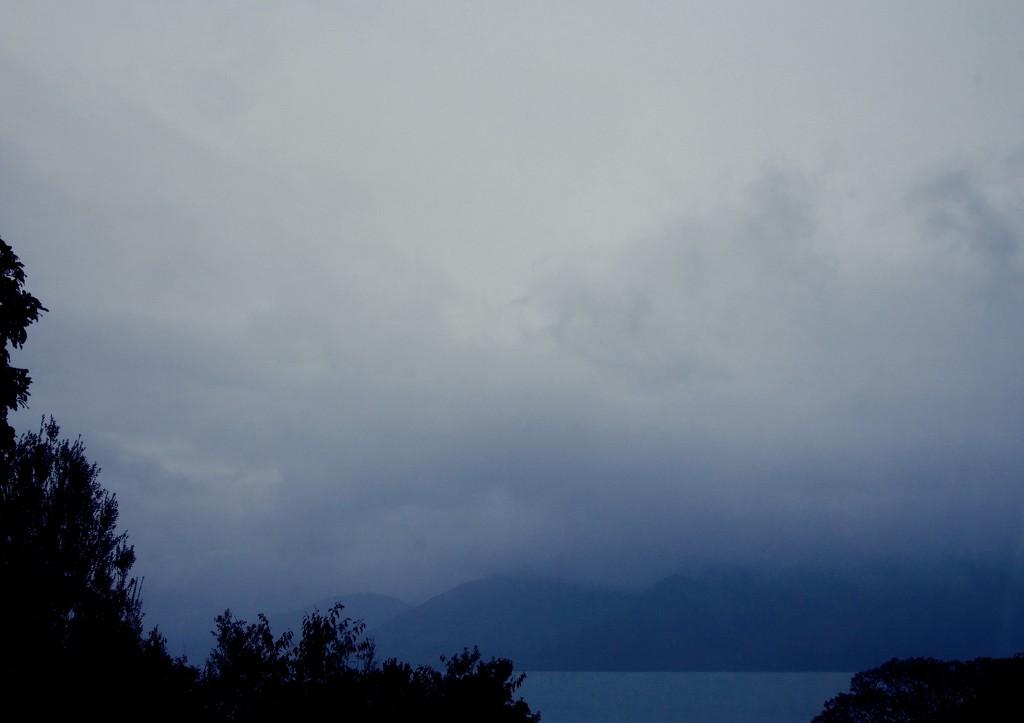 Nothing but grey skies do I see by kiwinanna