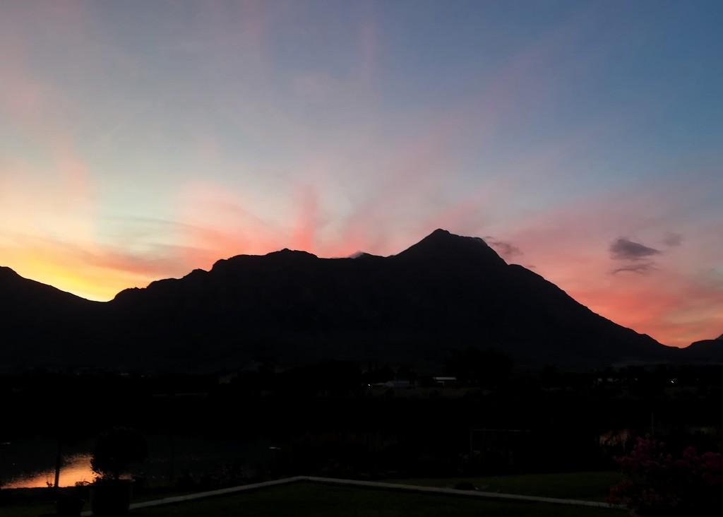 Saronsberg sunset  by salza