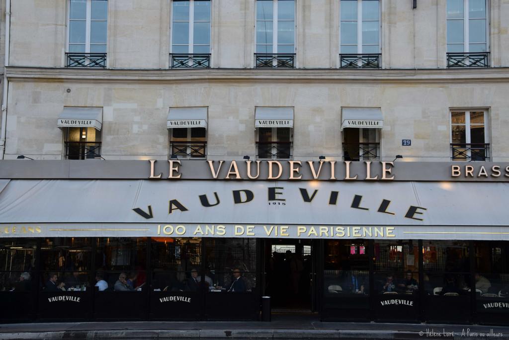 Le Vaudeville by parisouailleurs