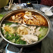 8th Apr 2019 - Steamboat dinner