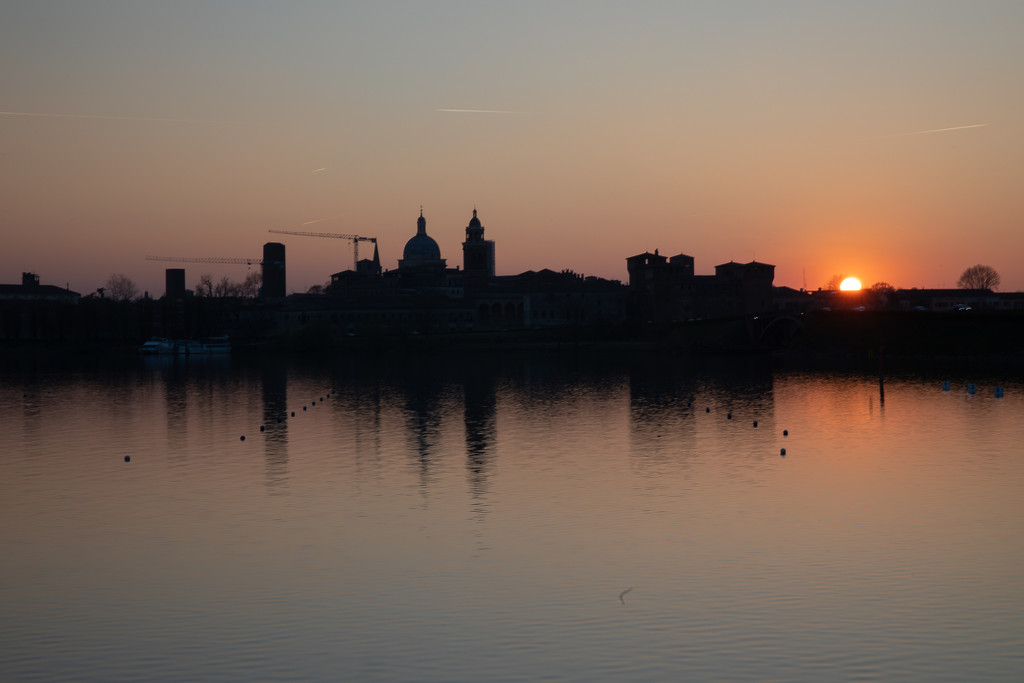 Mantova Skyline Sunset by jyokota