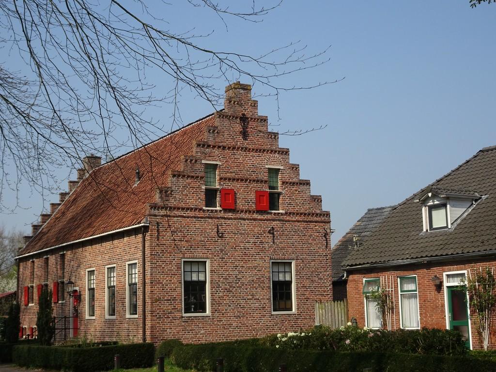 former court house   by gijsje