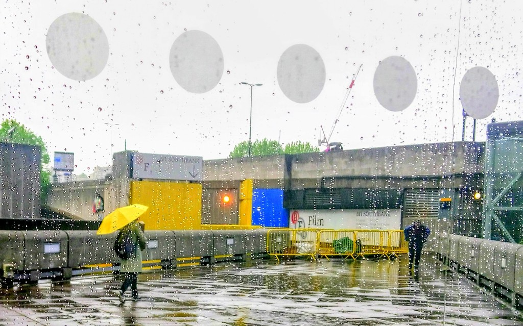 Yellow umbrella at the Hayward Gallery by boxplayer
