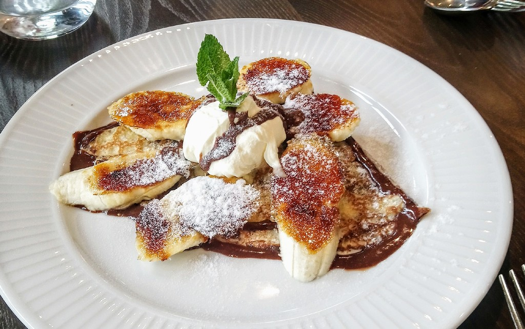 Praline crepe with caramelised bananas at Cote Brasserie by boxplayer