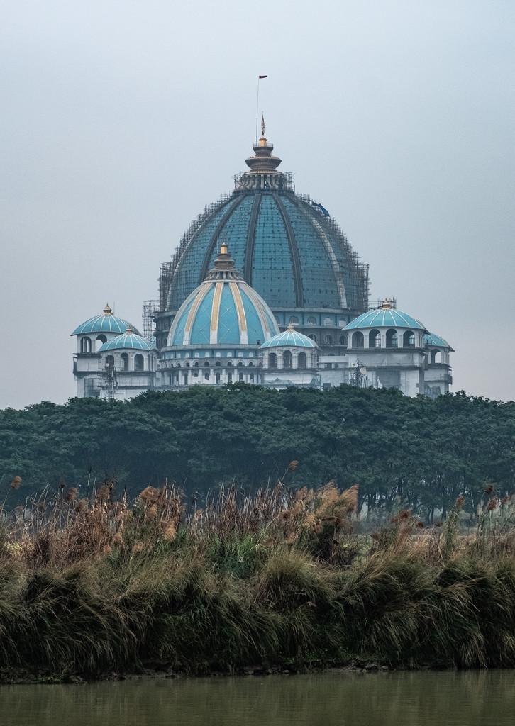 ISKON temple by golftragic