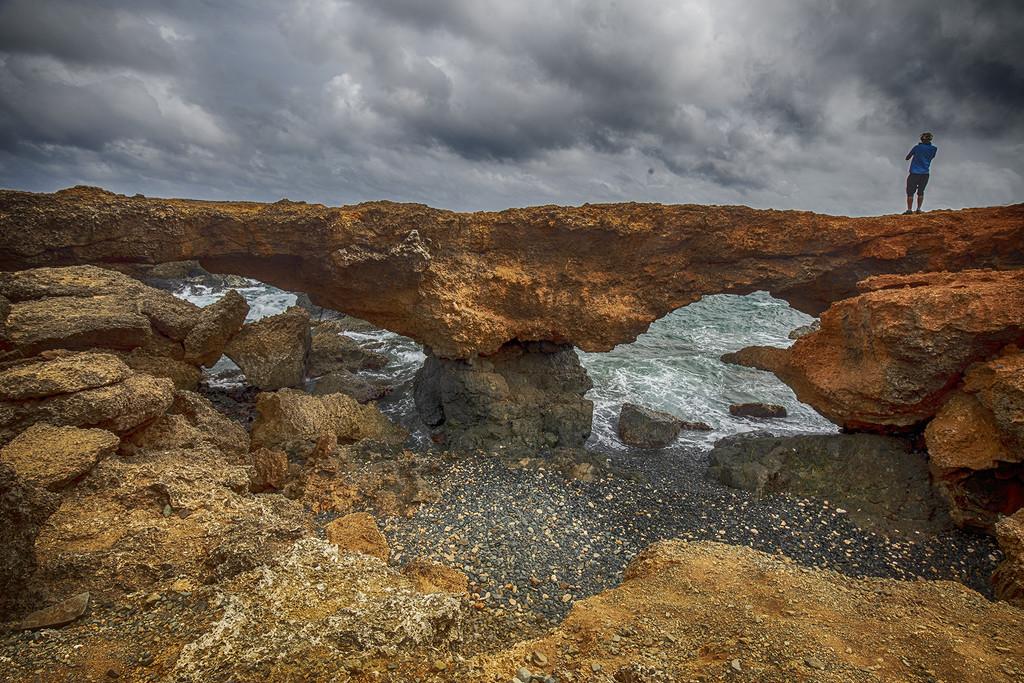 Natural Bridges in Aruba by pdulis