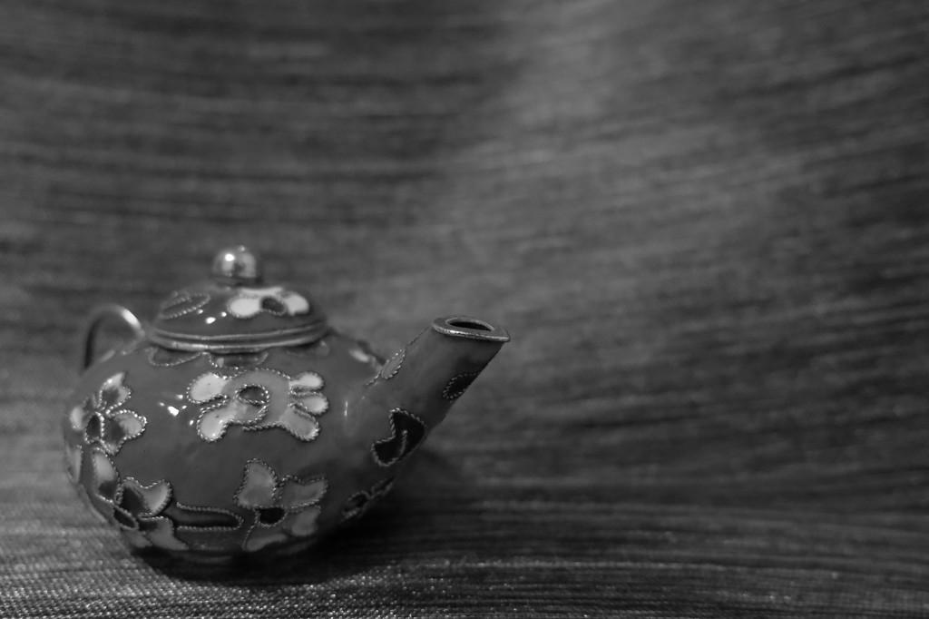 Teapot trinket by lmsa