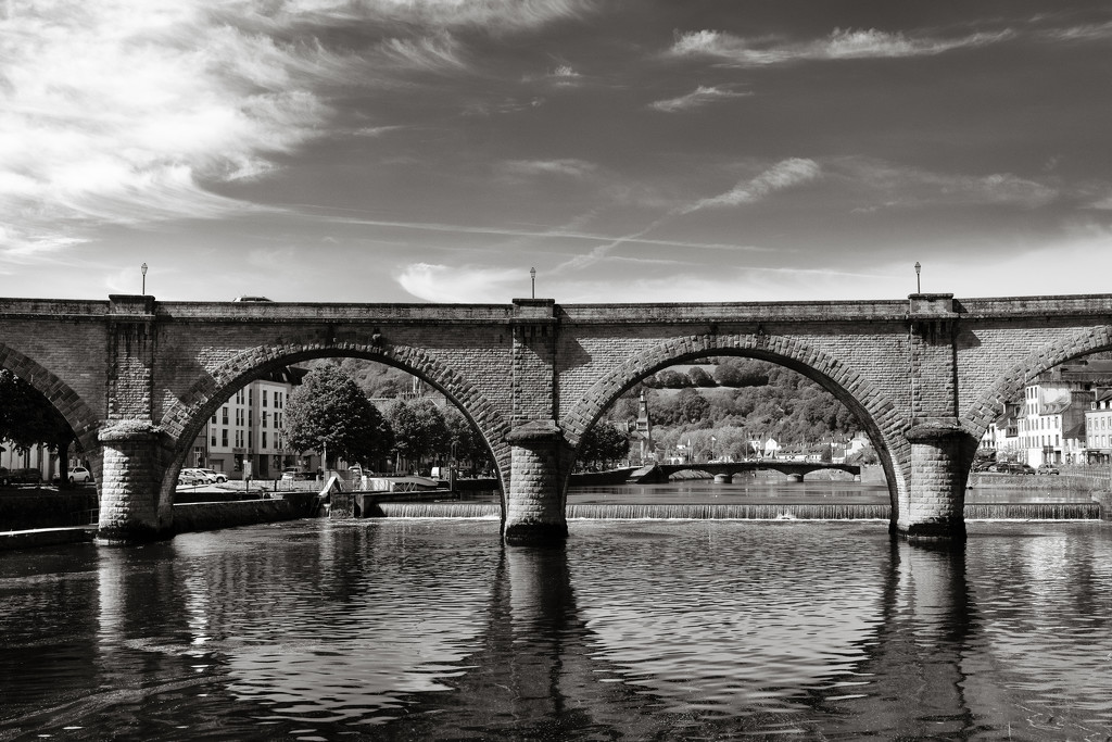 Former Railway Viaduct - Chateaulin by vignouse