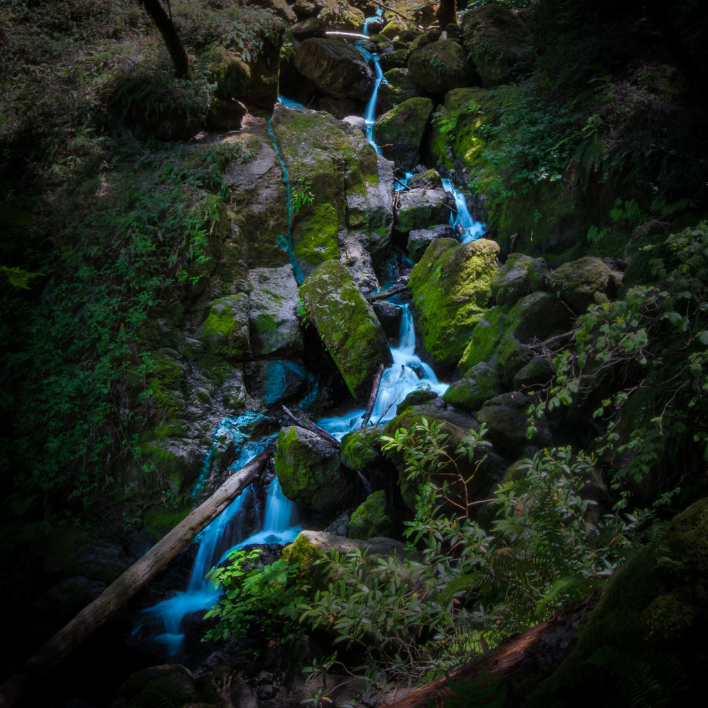 Cateract Canyon Falls by mikegifford