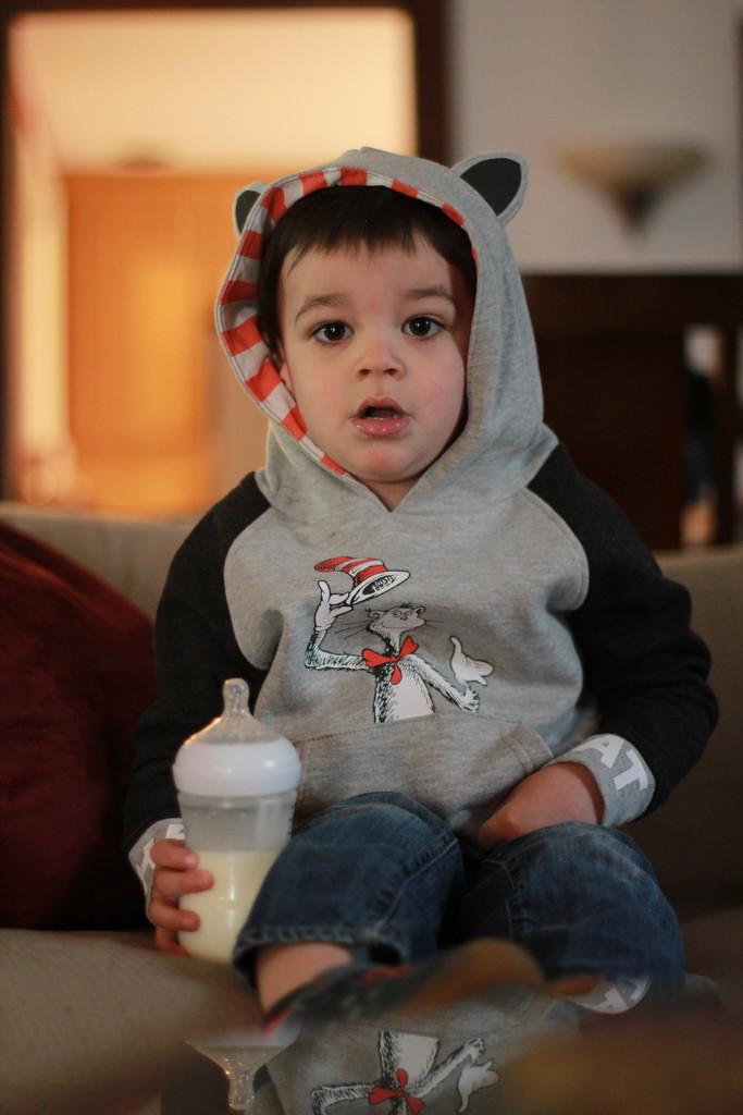 I will wear my sweatshirt just like that, I will wear it because it's Cat in the Hat by jtsanto