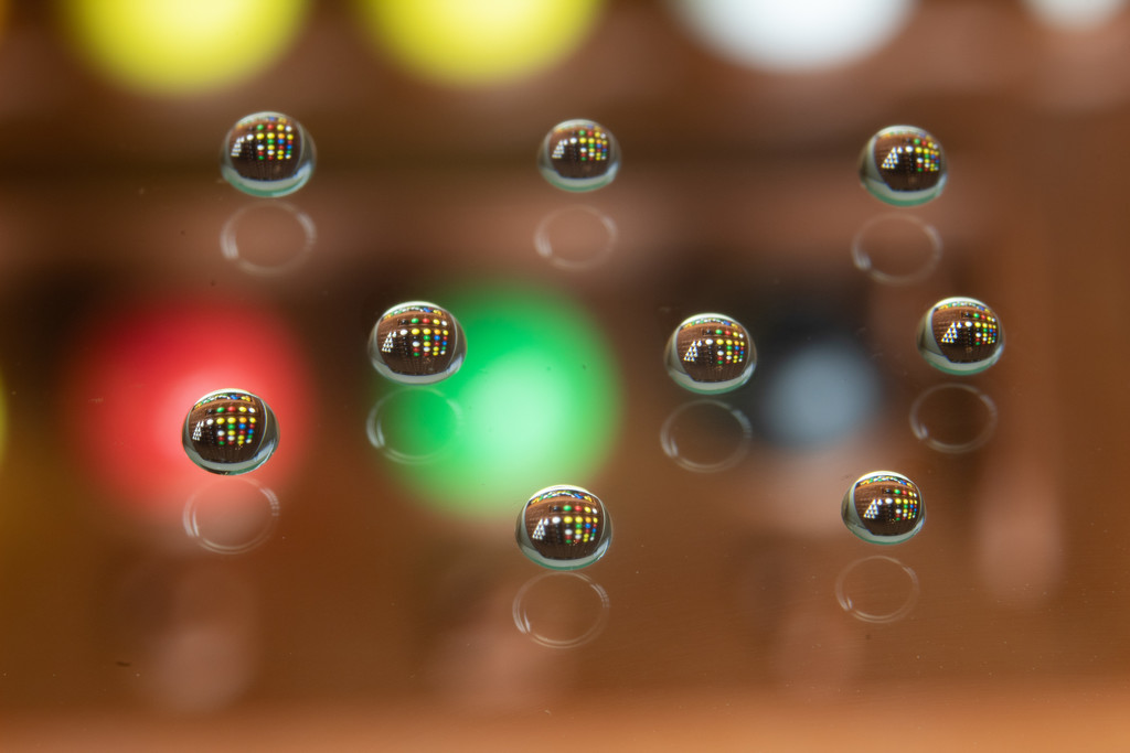 Water Droplets 2 by tdaug80