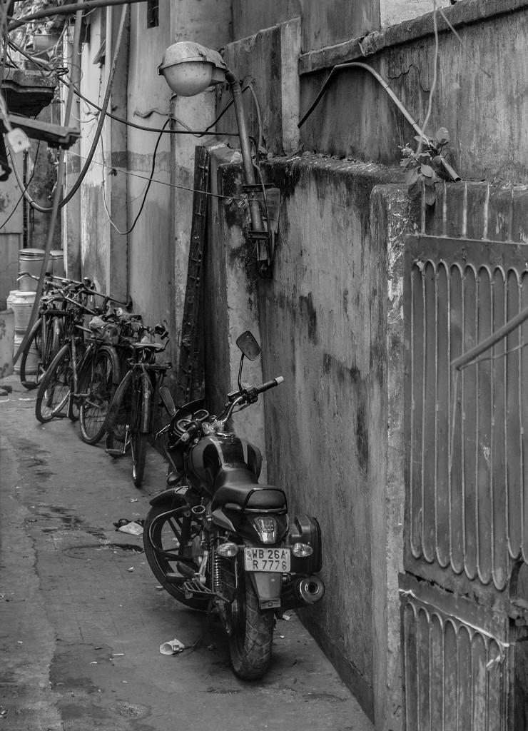 Bike parking by golftragic