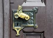 19th May 2019 - Ornate handle
