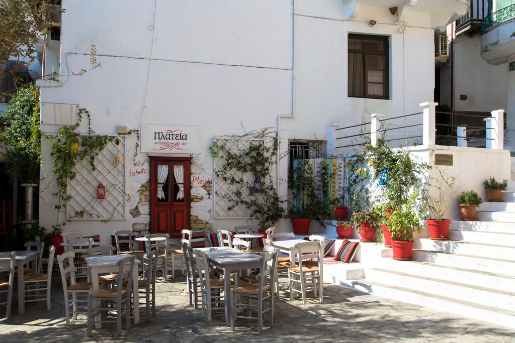 Skopelos - Glossa by peadar