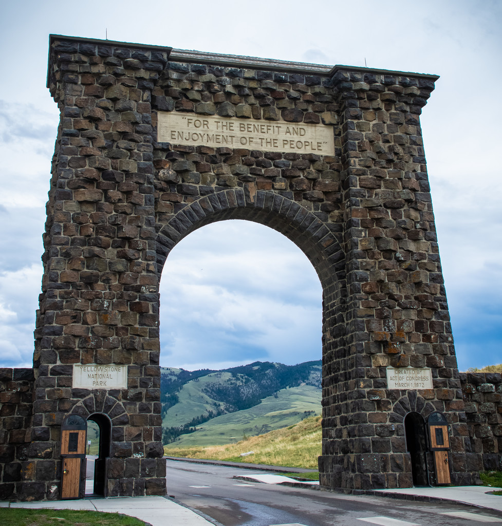 Yellowstone Roosevelt Arch by 365karly1