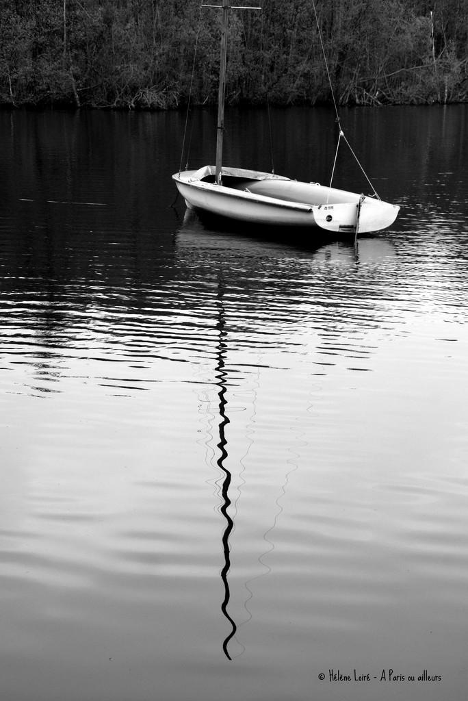 boat by parisouailleurs